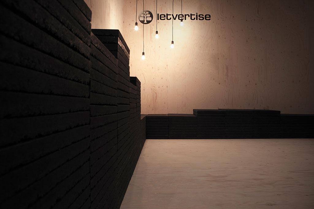 messestand design minimalistische, temporäre architektur letvertise dmexco köln 2012