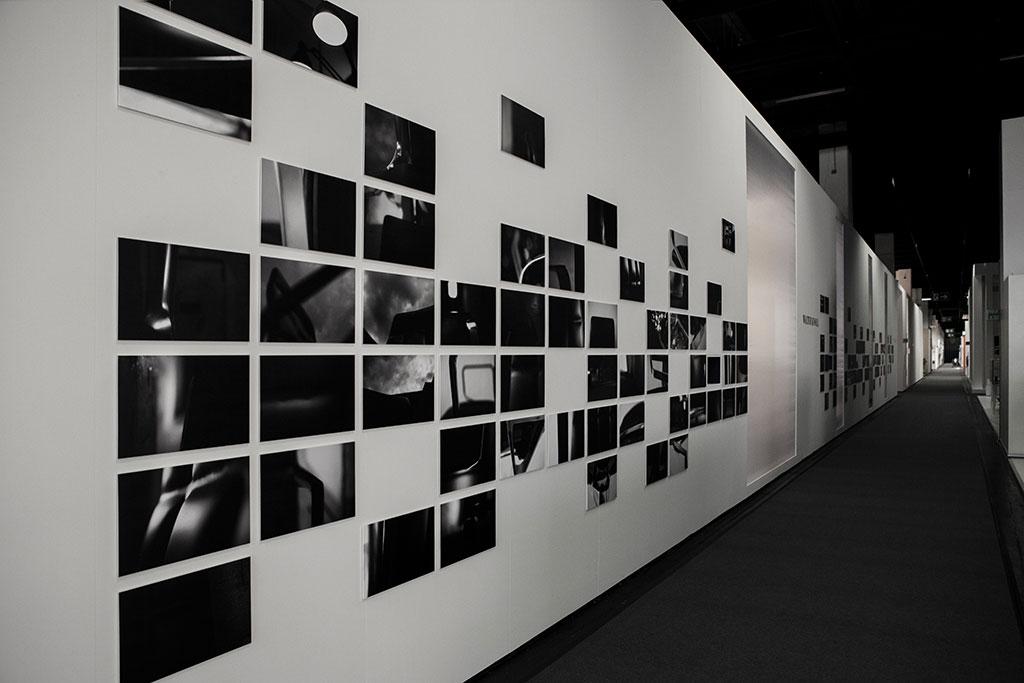 fotografische ausstellungsgestaltung zur präsentation des leadchair von walter knoll